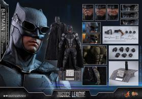 JL Tatctical Batman (4)