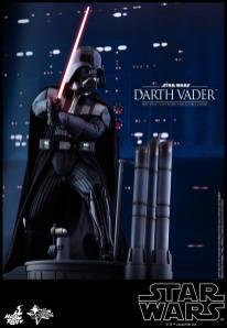 Hot Toys Darth Vader (16)