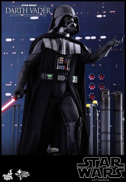 Hot Toys Darth Vader (17)