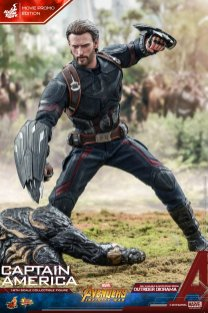 Hot Toys IW Captain America (14)