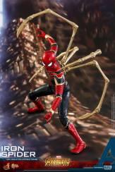 Hot Toys Iron Spider (9)