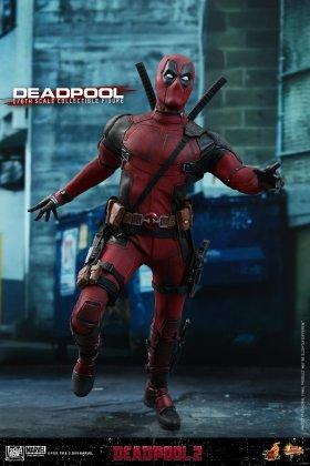 Hot Toys Deadpool (15)