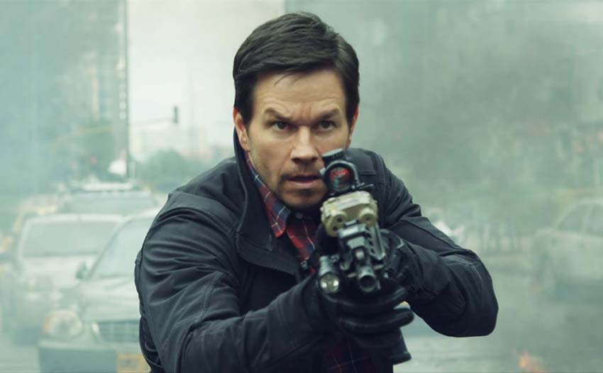 Mark Wahlberg Has To Protect The Raid S Iko Uwais In First Trailer For Mile 22