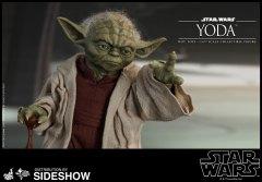 Yoda Hot Toys (19)
