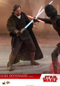 Hot Toys Luke Skywalker Crait (12)