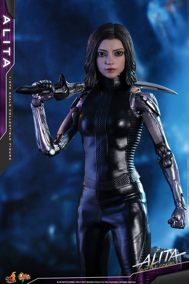 The new Hot Toys Alita: Battle Angel figure can see right into your soul 35