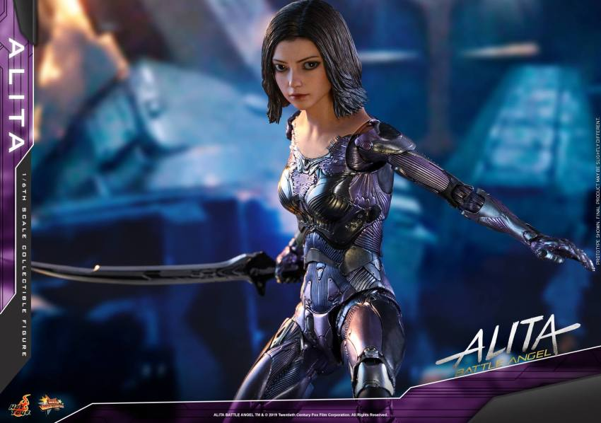 The new Hot Toys Alita: Battle Angel figure can see right into your soul 40