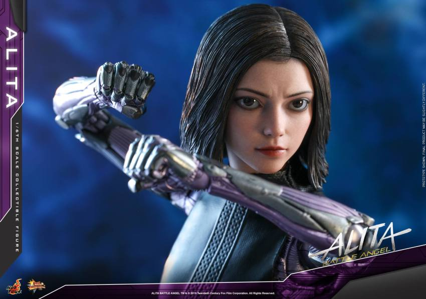 The new Hot Toys Alita: Battle Angel figure can see right into your soul 43
