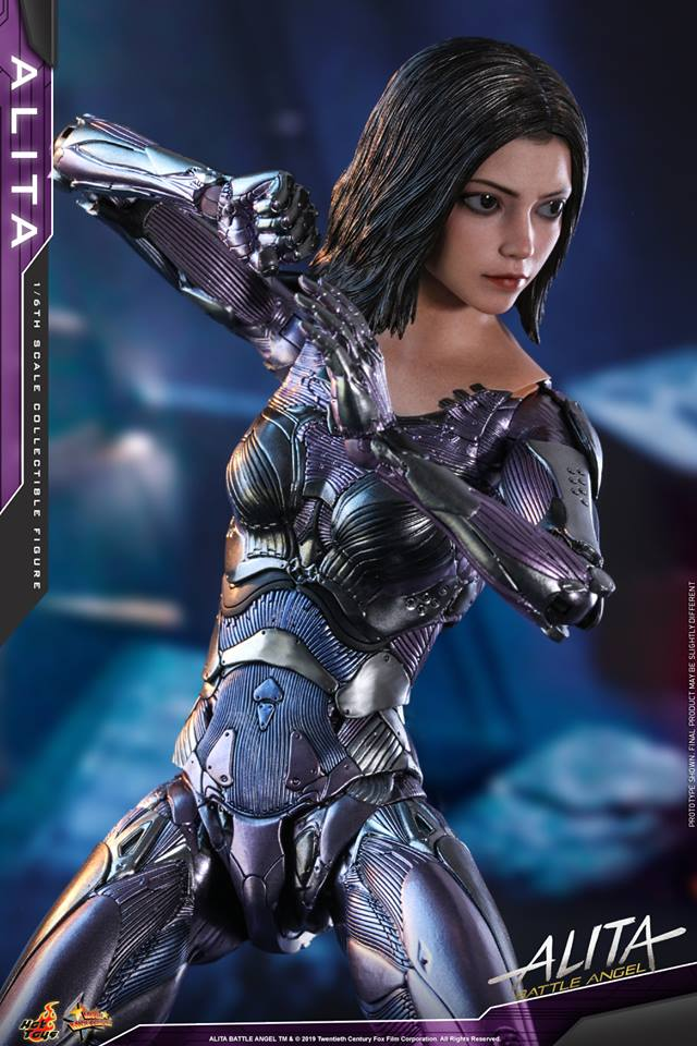 The new Hot Toys Alita: Battle Angel figure can see right into your soul 26