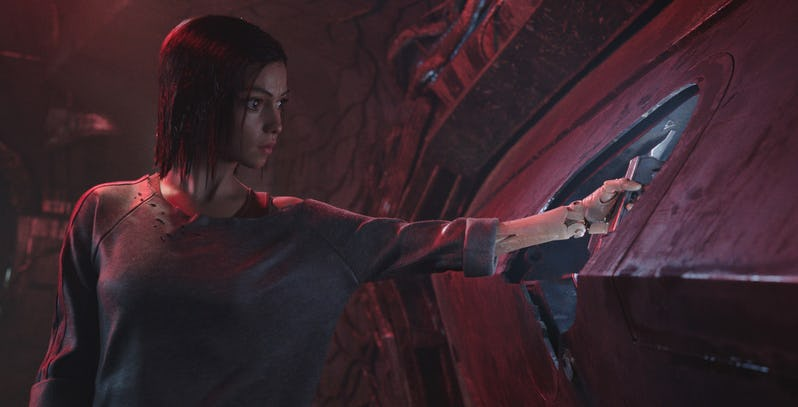 Early reactions reveal that Alita: Battle Angel demands to be seen on the biggest cinema screen possible 2