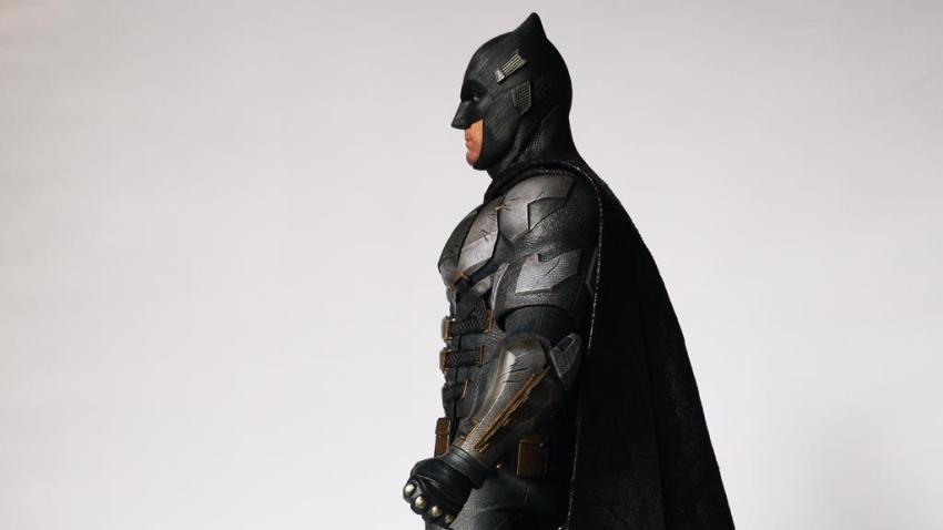 Hot Toys MMS 432 Justice League Batman Tactical Batsuit Review – Bat in Black 34