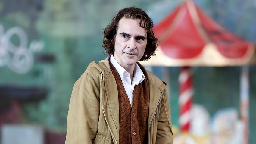 Ridley Scott and Joaquin Phoenix reunite for Napoleon epic 4