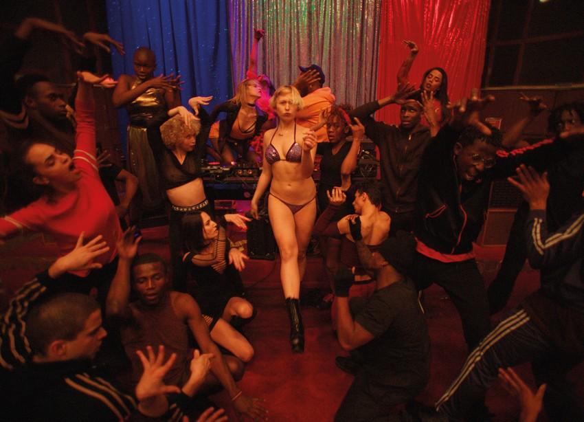 Weekend box office - Captain Marvel blasts to $760 million worldwide 6