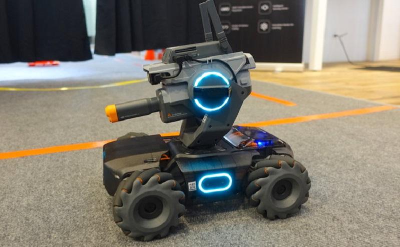 DJI unveils a new programmable robot tank 5
