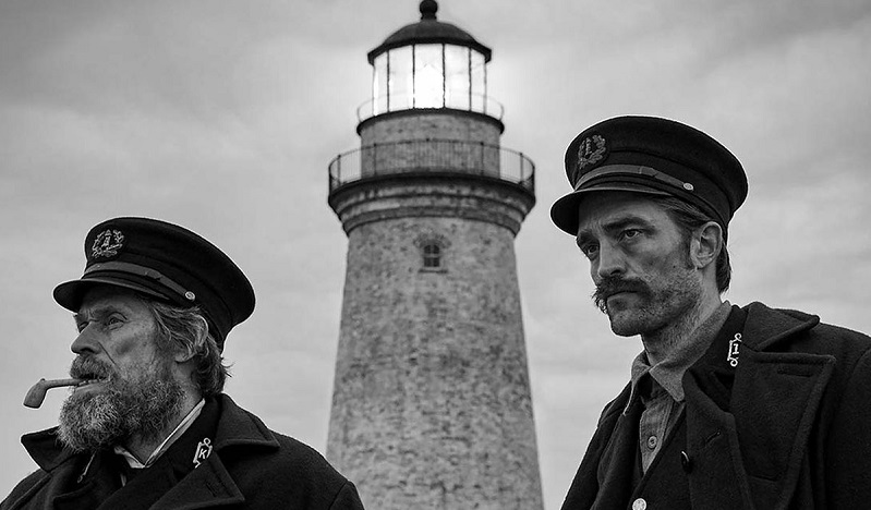 Robert Pattinson and Willem Dafoe are going mad in this trailer for The Lighthouse 3