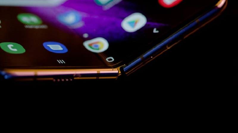 The Samsung Galaxy Fold 2 may be cheaper and more durable according to rumours 4