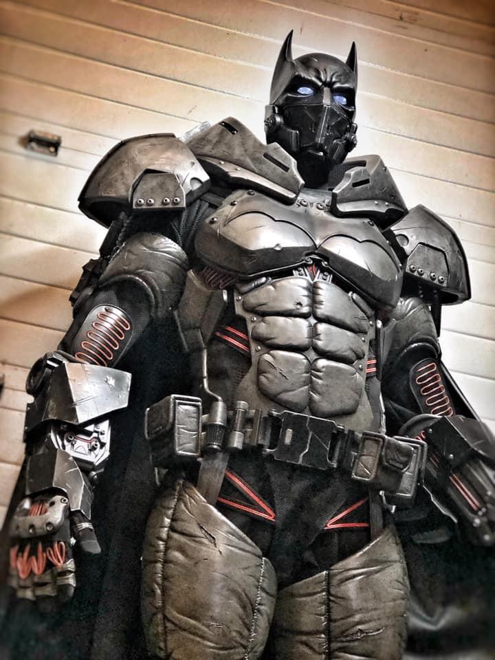 Behold a Batman cosplay so good, it's XE-cellent 11