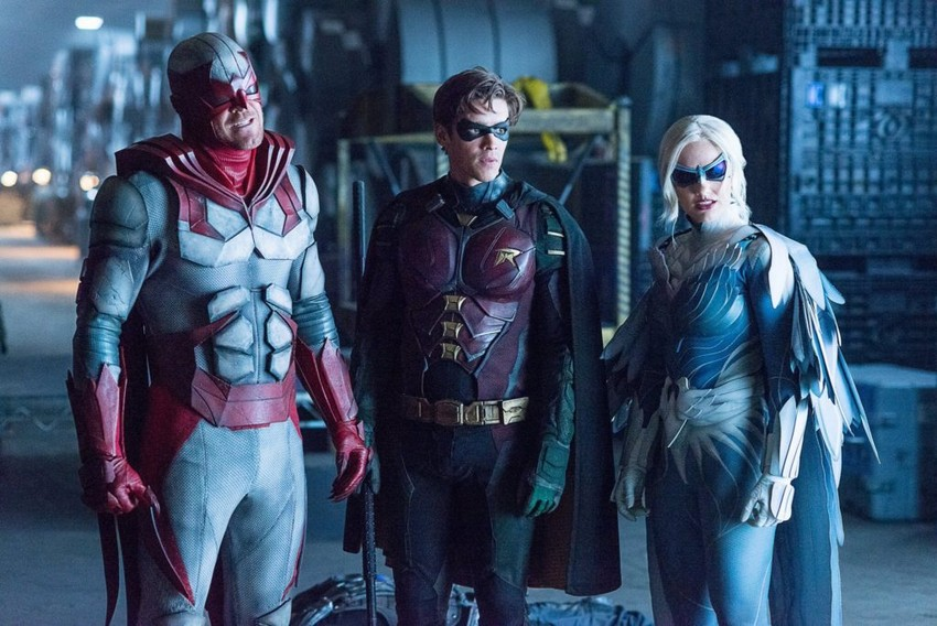 "Rumour: Arrowverse ""Crisis"" crossover to feature Lucifer and Titans 8"