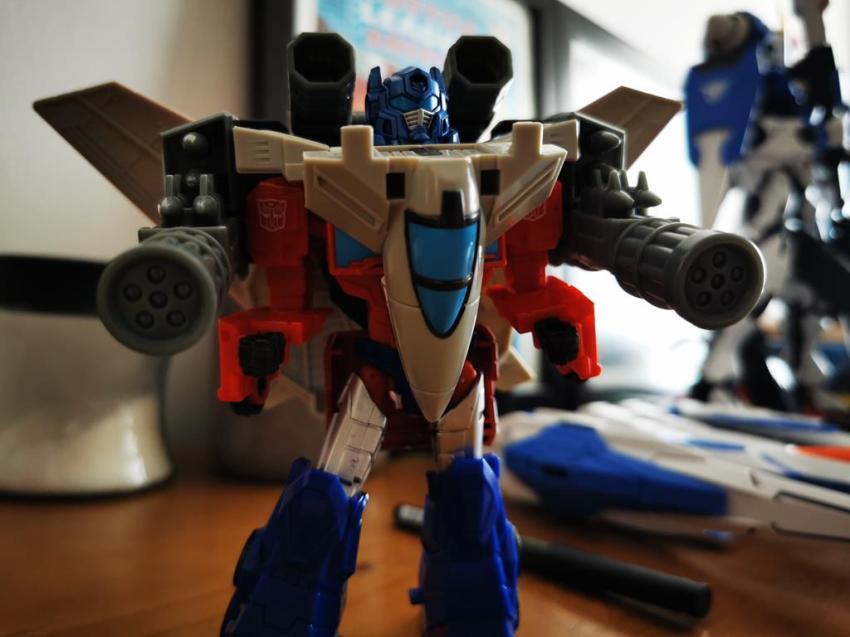Transformers Cyberverse Spark Armour Optimus Prime Review 33