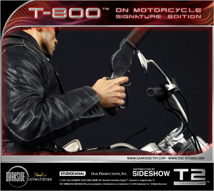 I need your clothes, your boots and your motorcycle after buying this Terminator 2 statue 43