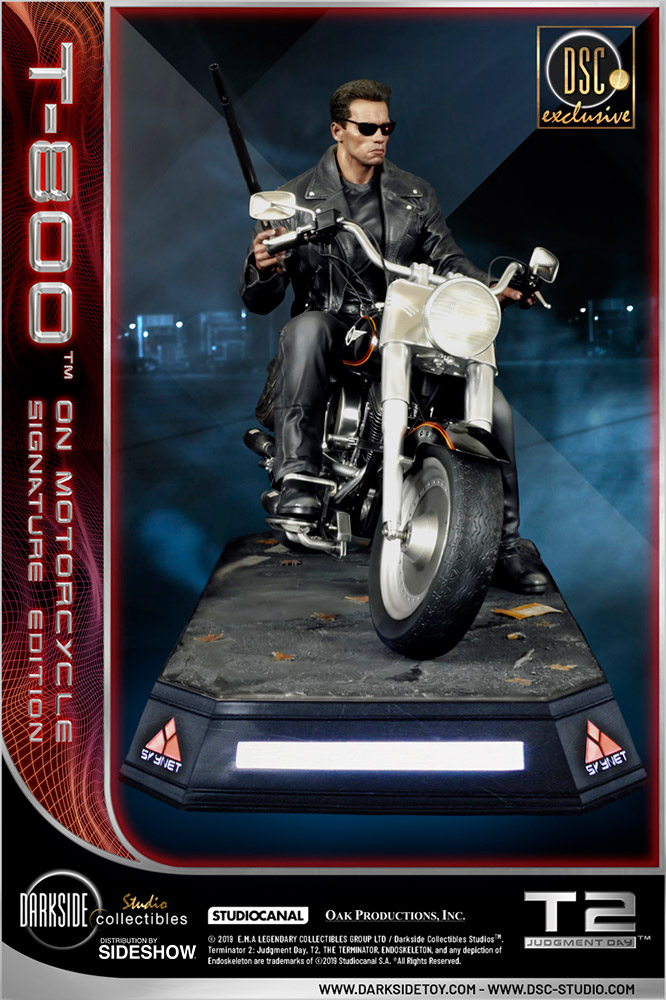 I need your clothes, your boots and your motorcycle after buying this Terminator 2 statue 57