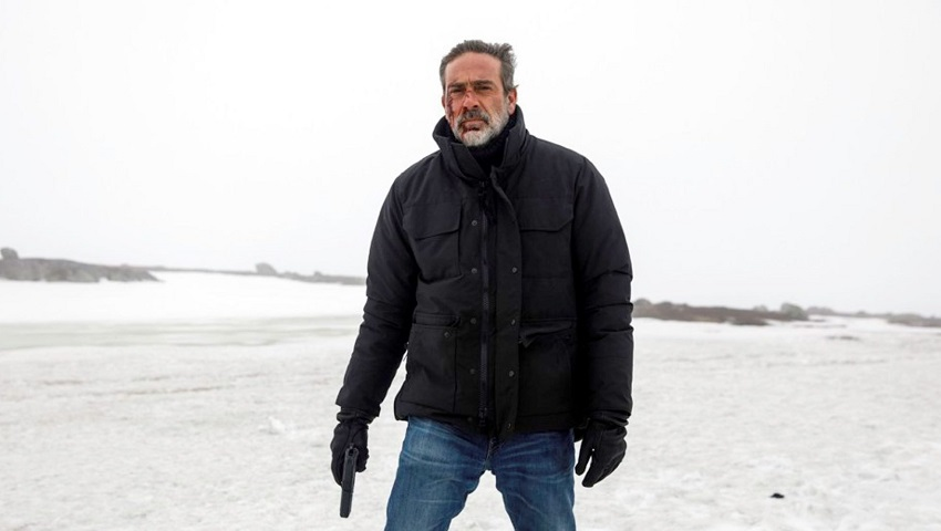 Jeffrey Dean Morgan tracks a serial killer in the crime thriller The Postcard Killings 3