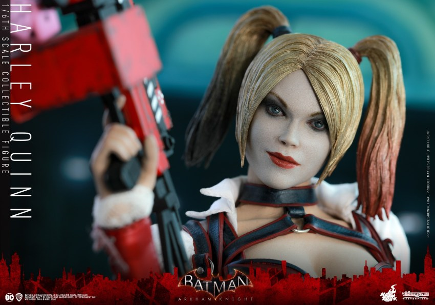 Hot Toys Harley Quinn is ready to paint the town red 28