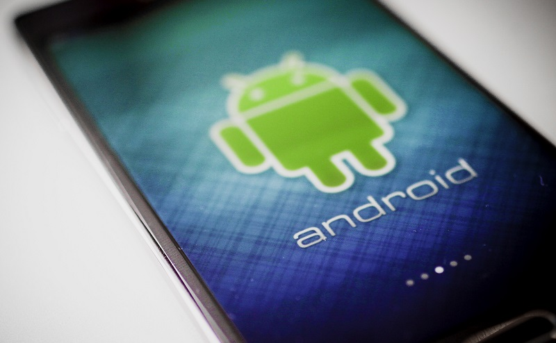 Google promises more third-party app store support in Android 12 4