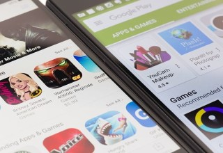 Google promises more third-party app store support in Android 12 45