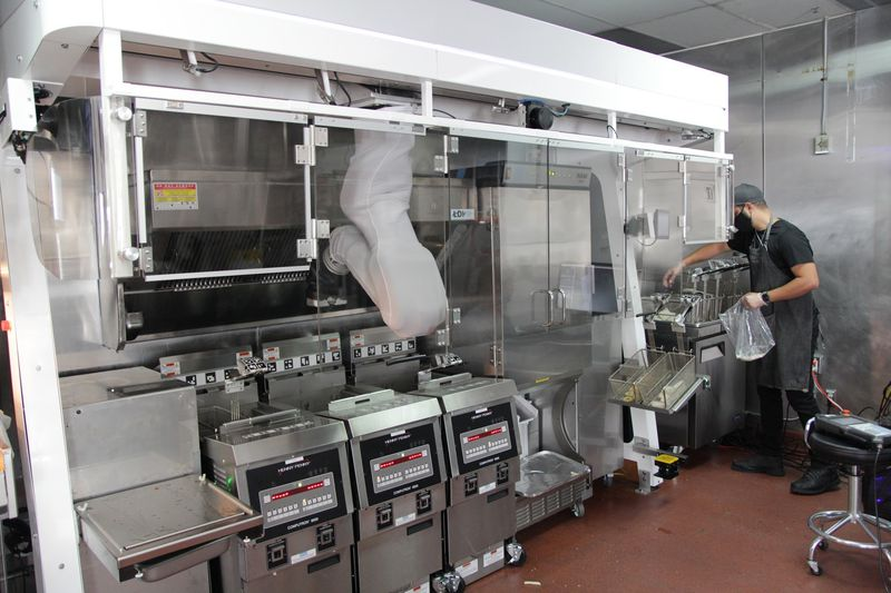 The automated cook of the future has arrived 6