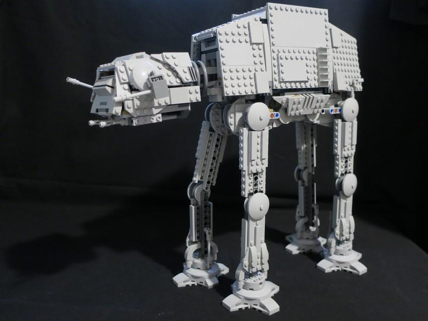 Lego Star Wars AT-AT Walker review - Hoth damn! 19