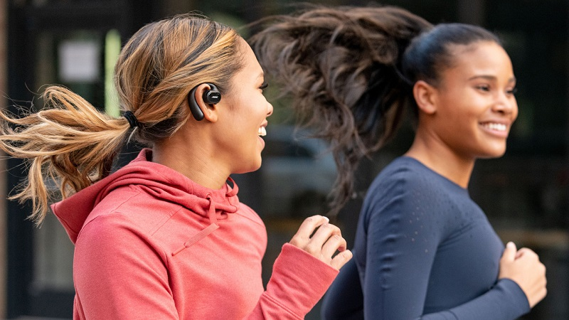 Bose has new sports earbuds that won't block the outside world 3