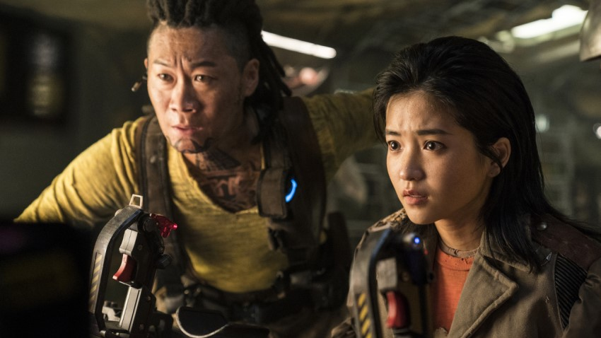 Salvagers uncover the score of a lifetime in Netflix's South Korean sci-fi action adventure Space Sweepers 2
