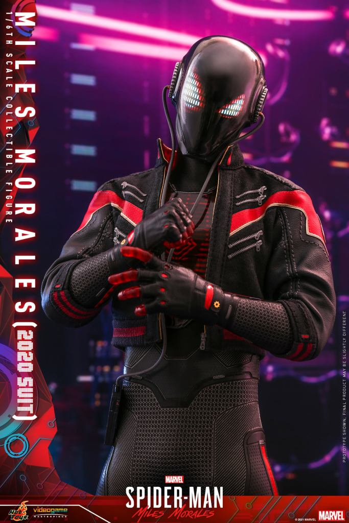 Hot Toys Daft Punk Spider-Man is packing webs and LEDs 34
