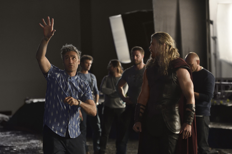 Thor Ragnarok first official pic and synopsis revealed; confirms plot rumours 4