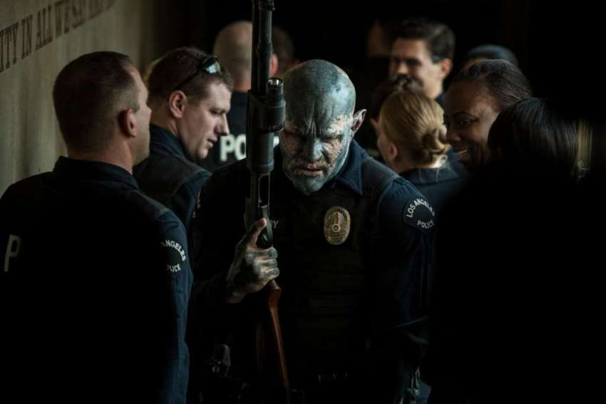 Early buzz for Netflix's Bright indicates the movie is not so... bright 7