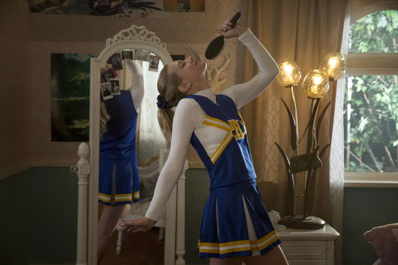 Riverdale – The most conflicting new series on TV 8