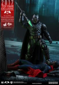Hot Toys Batman V Superman (3)