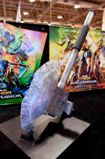 Thor-Ragnarok-Costume-Exhibit-16