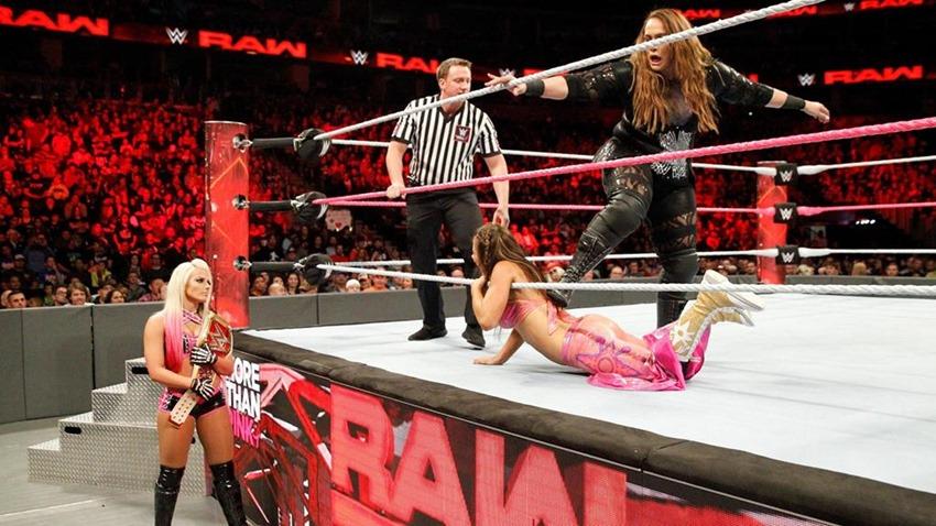 RAW October 2 (5)