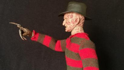 Sideshow Freddy (13)