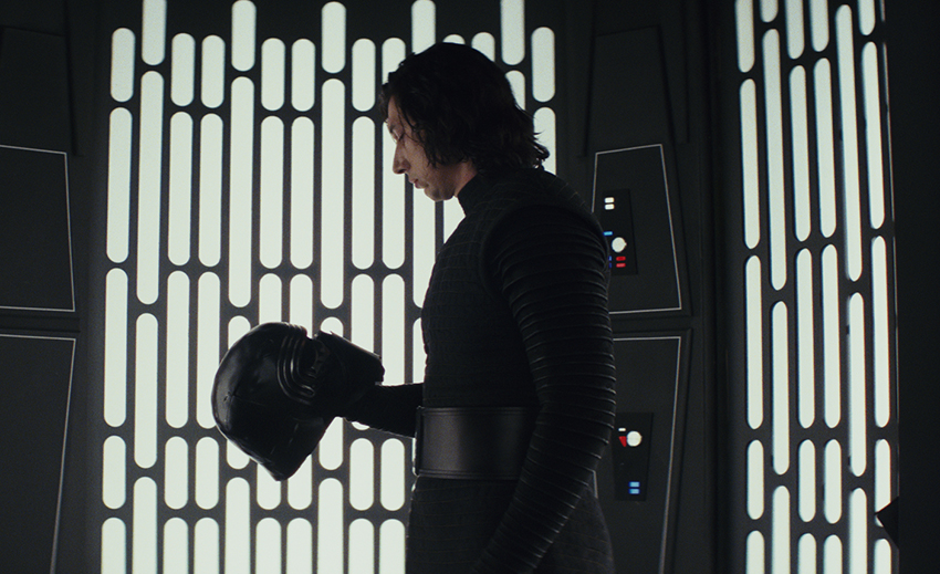 Star Wars: The Last Jedi review – A richly dramatic new chapter, as dazzling as it is surprising 11