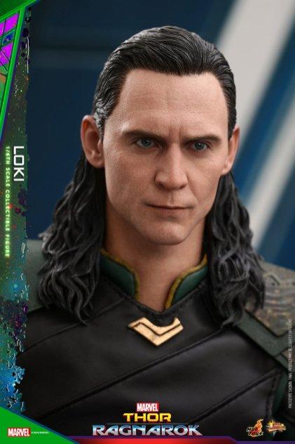 Hot Toys Loki (2)