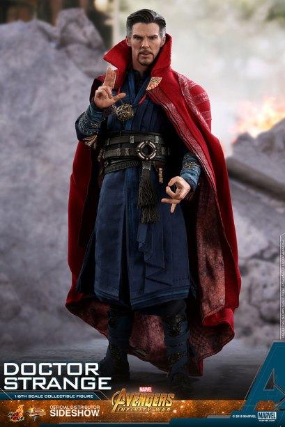 Hot Toys Doctor Strange (2)