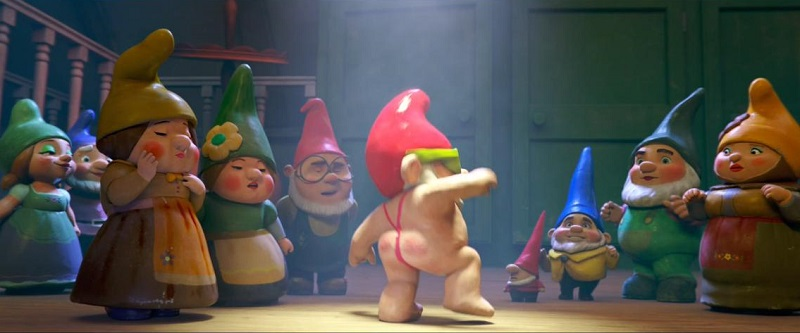 Sherlock Gnomes Review – A film as lifeless as real garden gnomes 9