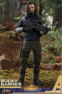 Hot Toys Bucky (7)