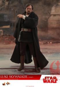 Hot Toys Luke Skywalker Crait (9)