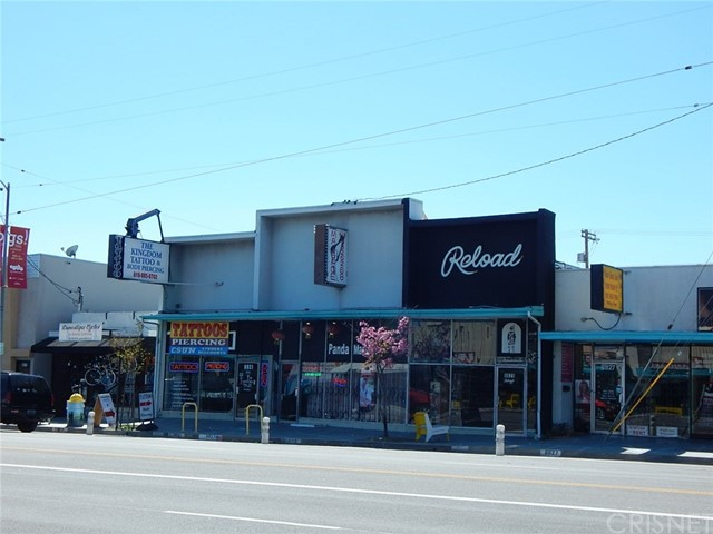 3 retail stores (8821, 8823, 8825 Reseda Blvd) high traffic and visibility.  Always in demand.  Walking distance to CSUN (Northridge State University).  All tenants are month to month and below market rents.  Current CAP Rate 4.86%, Great upside potential.  All Triple Net lease, tenant responsible for upkeep and maintenance.