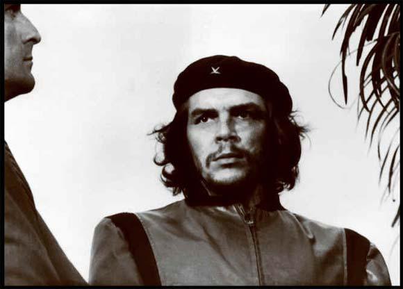 Foto que Korda tomara al Comandante Ernesto Che Guevara, conocida luego como la imagen más reproducida en la historia de la fotografía.