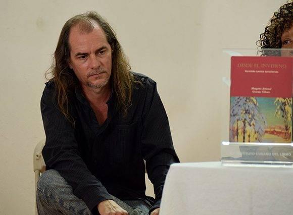 Daniel Díaz Mantilla disertó acerca del cuento como género. Foto: Cinthya García Casañas/ Cubadebate.
